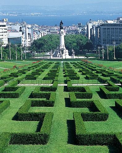 Four Seasons Lisbon Suggests