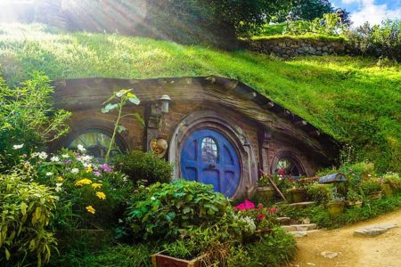 See Tolkien's Middle Earth Come to Life on this Tour of Hobbiton