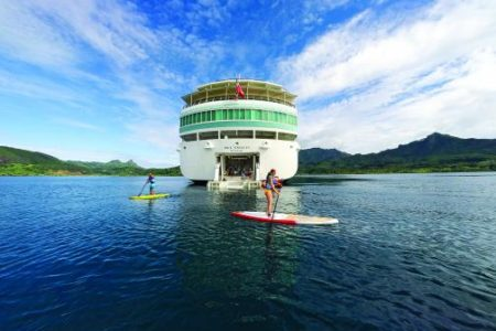 French Polynesia Gets Festive: Celebrate the Holidays in Tahiti